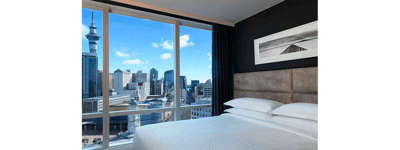 Superior King room with city view - Four Points by Sheraton Auckland